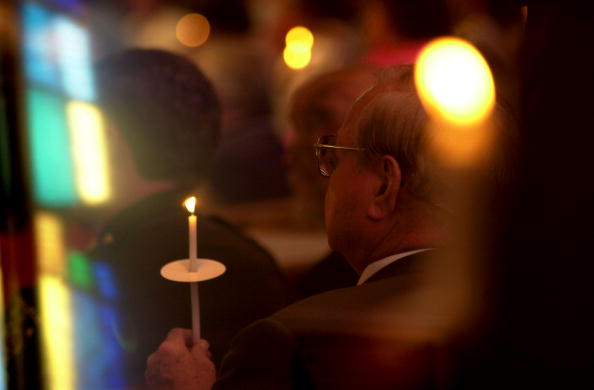 Silver Spring「Mass Held For Victims Of Maryland And DC Shootings」:写真・画像(7)[壁紙.com]