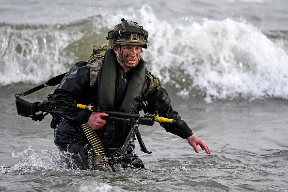 参加者「NATO Forces Take Part In Joint Warrior Military Exercise」:写真・画像(8)[壁紙.com]