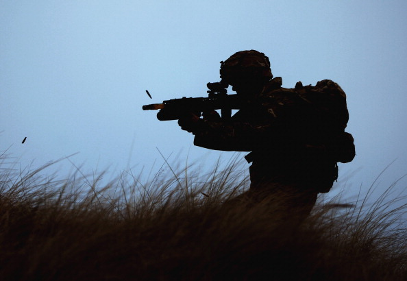 Special Forces「Royal Marines Of 42 Commando Launch An Aviation Beach Assault Exercise From HMS Bulwark」:写真・画像(1)[壁紙.com]