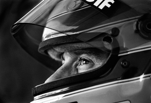 Sports Helmet「Ayrton Senna's Last Race」:写真・画像(9)[壁紙.com]