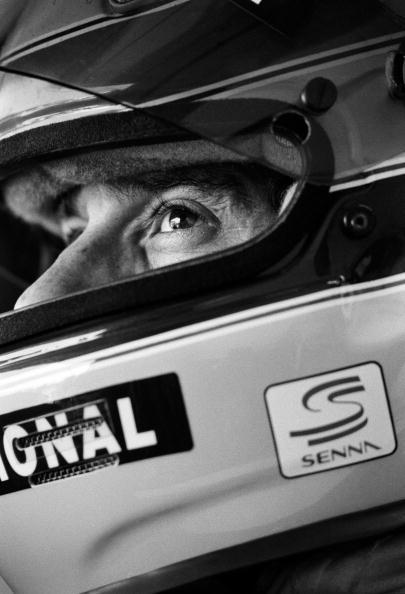 スポーツヘルメット「Ayrton Senna's Last Race」:写真・画像(19)[壁紙.com]