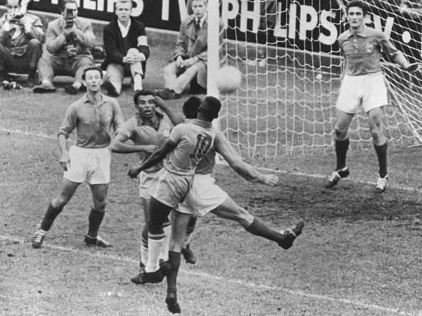 1958「World Cup 1958」:写真・画像(0)[壁紙.com]
