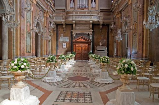 結婚「ウェディングの装飾の Hochzeitskirche von innen 教会」:スマホ壁紙(2)
