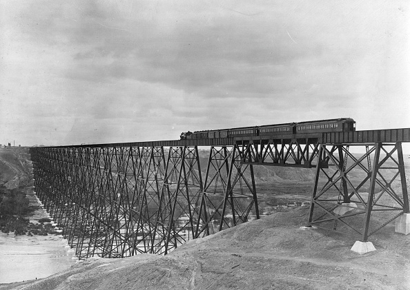 Scenics - Nature「A Viaduct Crossing」:写真・画像(6)[壁紙.com]