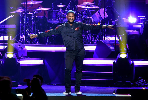 Usher - Singer「2016 MusiCares Person Of The Year Honoring Lionel Richie - Show」:写真・画像(18)[壁紙.com]