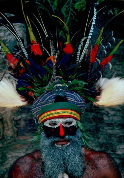 Mid Adult「Tribesman in War Paint, Papua New Guinea」:写真・画像(17)[壁紙.com]