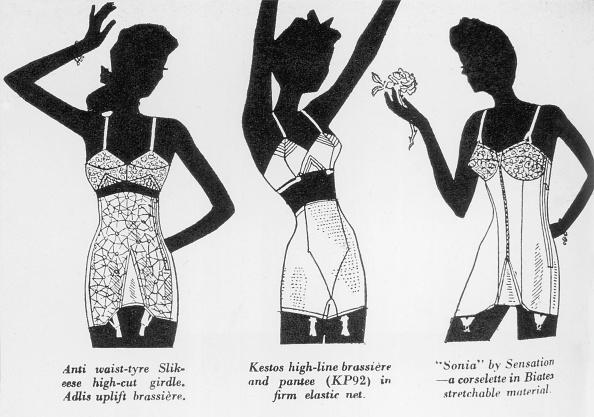 Variation「Women's Underwear」:写真・画像(7)[壁紙.com]