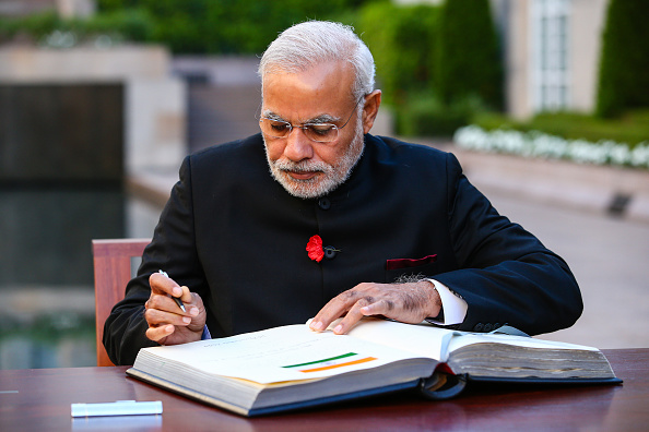Writing - Activity「Prime Minister Narendra Modi Holds Meetings In Australia Following G20 Summit」:写真・画像(11)[壁紙.com]