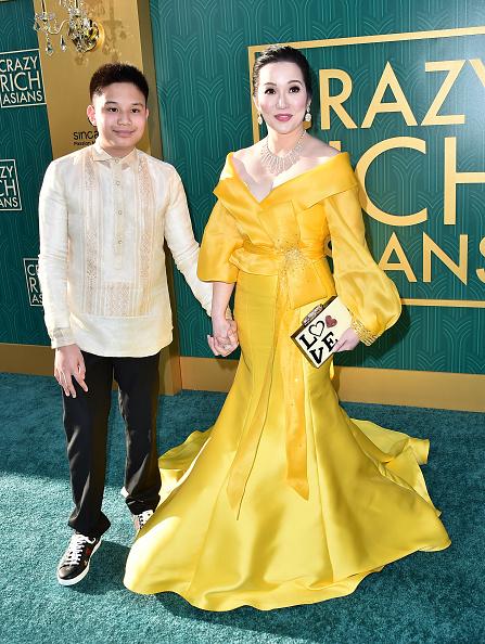 "Yellow Dress「Warner Bros. Pictures' ""Crazy Rich Asians"" Premiere - Arrivals」:写真・画像(15)[壁紙.com]"