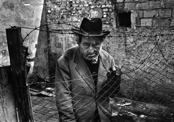 Romano Cagnoni「Sad Roman」:写真・画像(7)[壁紙.com]