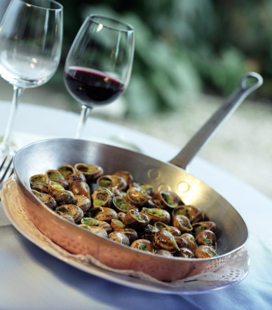 snails「Pan of Escargot Snails on Table with Wine Glasses」:スマホ壁紙(5)