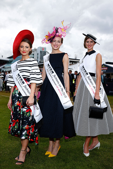 Sports Track「Highlights From Crown Oaks Day」:写真・画像(11)[壁紙.com]