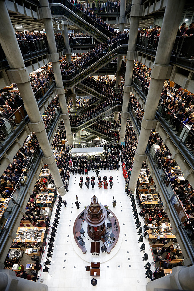 Finance「Britain Holds Two-Minute Silence For Armistice Day」:写真・画像(16)[壁紙.com]