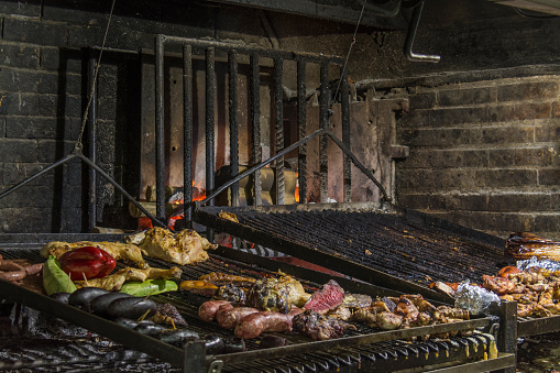 Buenos Aires「Barbecue with various foods, Uruguay, Parrilha Porteña」:スマホ壁紙(4)