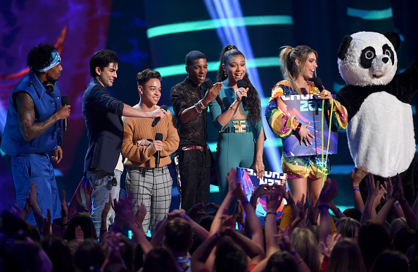 Fox Photos「FOX's Teen Choice Awards 2018 - Show」:写真・画像(1)[壁紙.com]