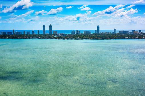 マイアミビーチ「Biscayne Bay and Miami Beach Aerial」:スマホ壁紙(14)