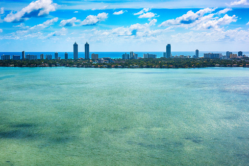 Miami Beach「Biscayne Bay and Miami Beach Aerial」:スマホ壁紙(2)