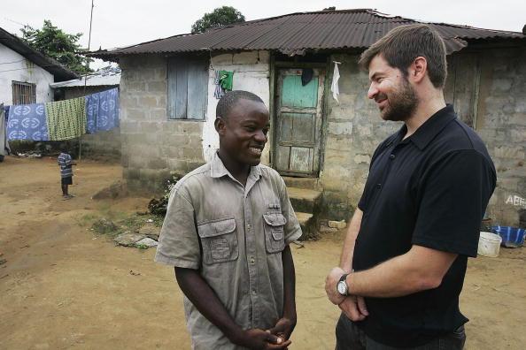 Chris Hondros「Symbol of Liberian Conflict Adjusts to Life After War」:写真・画像(9)[壁紙.com]