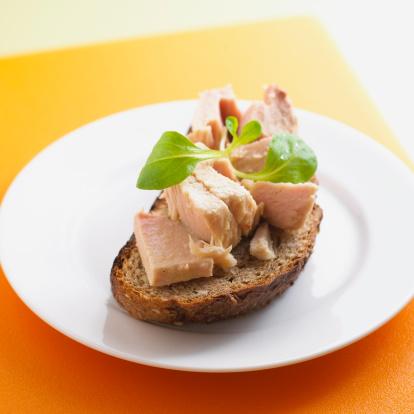 Toasted Food「Tuna on bread」:スマホ壁紙(0)