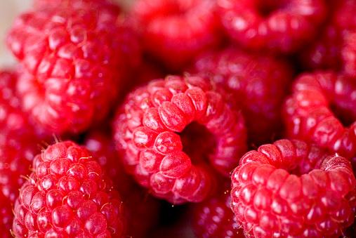 Lazio「Raspberries at Campo de' Fiori Market」:スマホ壁紙(5)