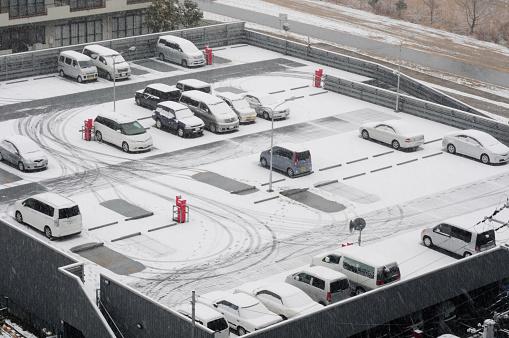 雪「Parking Lot」:スマホ壁紙(9)
