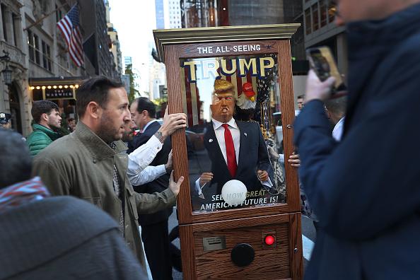 ミッドタウンマンハッタン「Trump Campaign Prepares For Election Night Event」:写真・画像(9)[壁紙.com]