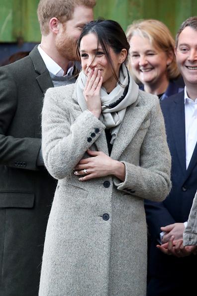 Visit「Prince Harry and Meghan Markle Visit Reprezent」:写真・画像(8)[壁紙.com]