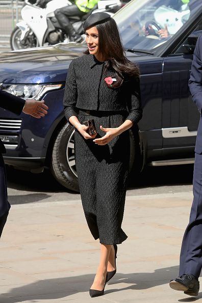 Black Color「Prince Harry And Meghan Markle Attend Anzac Day Services」:写真・画像(17)[壁紙.com]