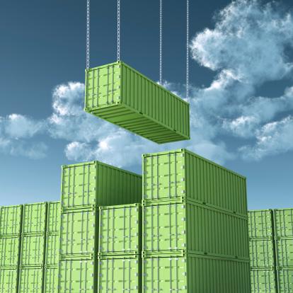 Commercial Dock「Unloading Green Cargo Container」:スマホ壁紙(19)