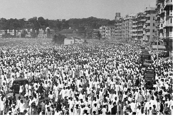 People「Mourning For Mahatma」:写真・画像(0)[壁紙.com]