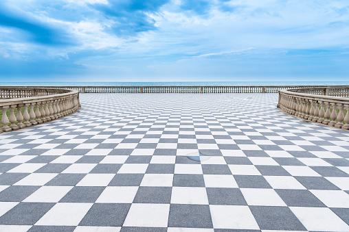 Square「Mediterranian sea promenade」:スマホ壁紙(7)