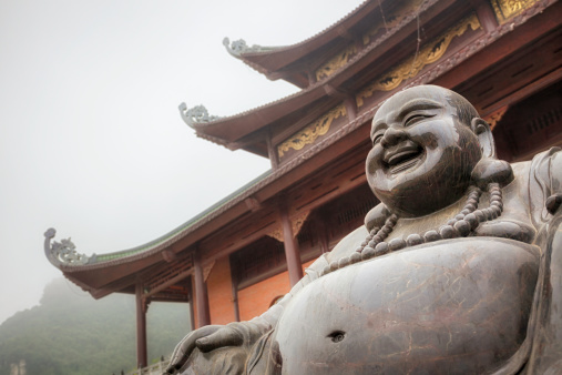 Buddha statue「バイディン省寺院」:スマホ壁紙(19)