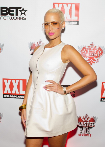 Baby Doll Dress「Amber Rose, Kid Capri, Vikter Duplaix, And Cast Celebrate Premiere Of Smirnoff's Master Of The Mix In NYC」:写真・画像(9)[壁紙.com]