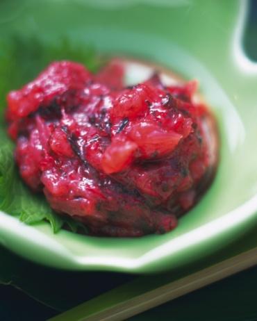 くらげ 日本「Edible jellyfish with Japanese apricot in bowl, high angle view, differential focus」:スマホ壁紙(9)