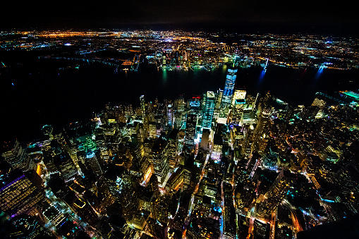 New Jersey「One World Trade Center in Lower Manhattan with Jersey City across the Hudson River captured from air at nighttime, New York, USA」:スマホ壁紙(18)