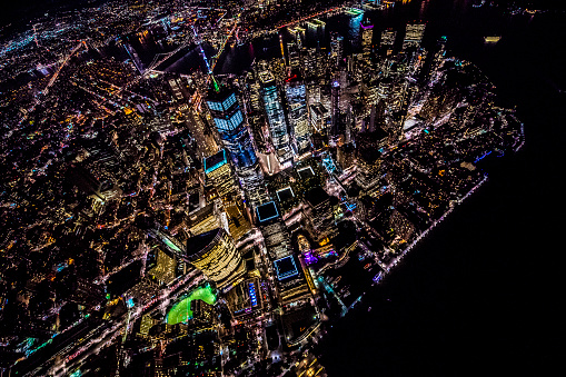 United Nations Building「One World Trade Center in New York from helicopter at night」:スマホ壁紙(18)