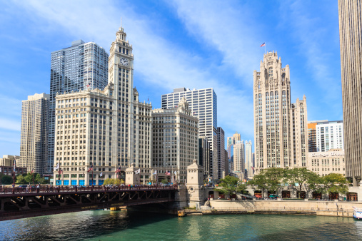 Tribune Tower「Buildings by the Chicago River, Chicago」:スマホ壁紙(9)
