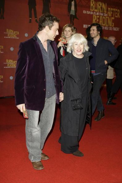 CineStar「'Burn After Reading' Germany Premiere」:写真・画像(17)[壁紙.com]