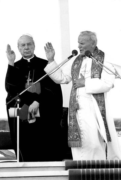Religious Mass「Primate of Poland cardinal Stefan Wyszynski」:写真・画像(8)[壁紙.com]