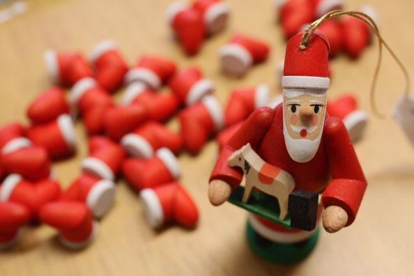 Craft「Saxon Artisans Prepare Christmas Delights」:写真・画像(2)[壁紙.com]