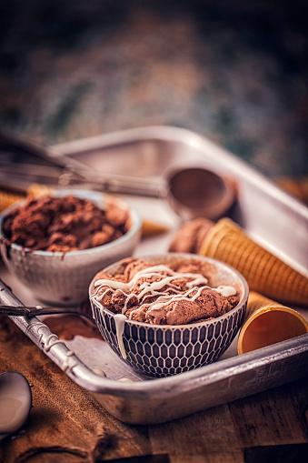 アイスクリーム「自家製のチョコレート アイス クリーム」:スマホ壁紙(9)