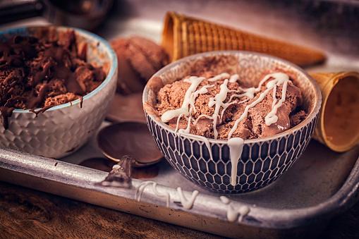 アイスクリーム「自家製のチョコレート アイス クリーム」:スマホ壁紙(8)