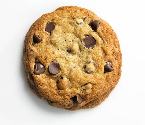 Homemade Chocolate Chip Cookie on white, overhead, XXXL:スマホ壁紙(壁紙.com)