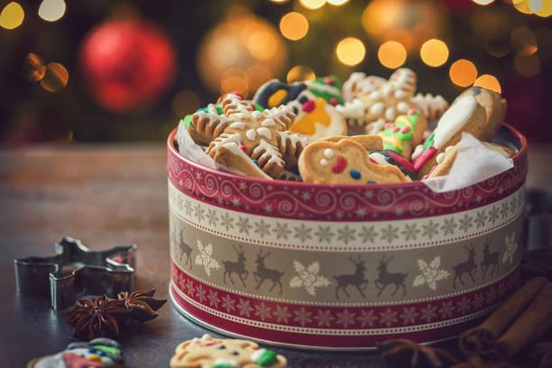 手製のクリスマスのジンジャーブレッドのクッキー:スマホ壁紙(壁紙.com)