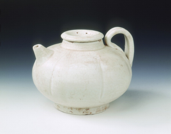 Threading「White glazed melon-shaped wine pot, Five Dynasties-early Northern Song dynasty, China, 10th century.」:写真・画像(19)[壁紙.com]