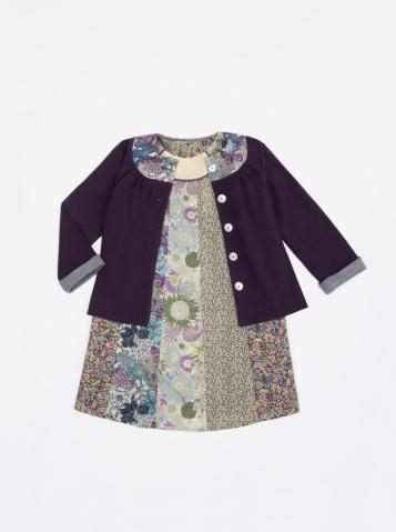 Dress「Young girl fashion look」:スマホ壁紙(0)