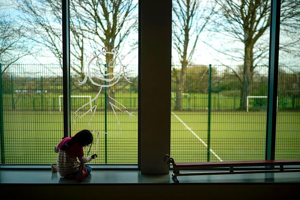 UK「UK Schools Remain Open To Support Children Of Key Workers During Coronavirus Lockdown」:写真・画像(11)[壁紙.com]
