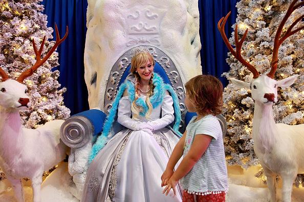 Lisa Maree Williams「Children Flock To Santa's Magical Kingdom In Sydney」:写真・画像(6)[壁紙.com]