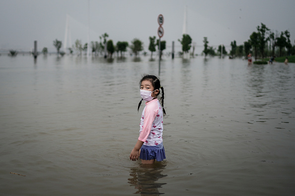 Extreme Weather「China's Wuhan Upgrades Flooding Response Level Due To Torrential Rain」:写真・画像(2)[壁紙.com]