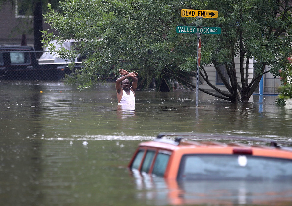 Underwater「Epic Flooding Inundates Houston After Hurricane Harvey」:写真・画像(11)[壁紙.com]
